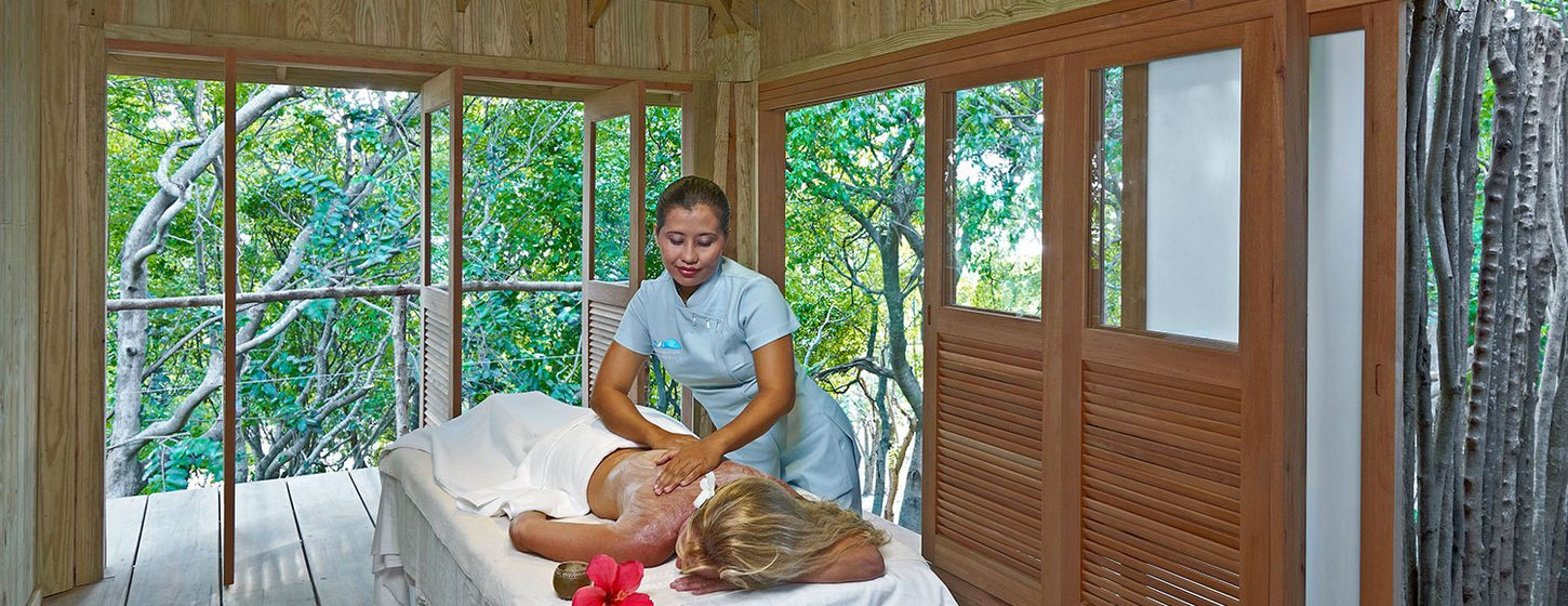 Treetop Spa, Saint Vincent Image 2