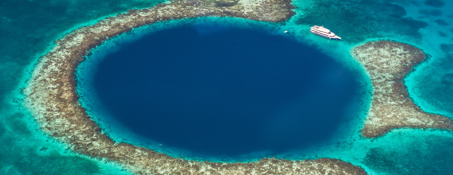 The Great Blue Hole Image 4
