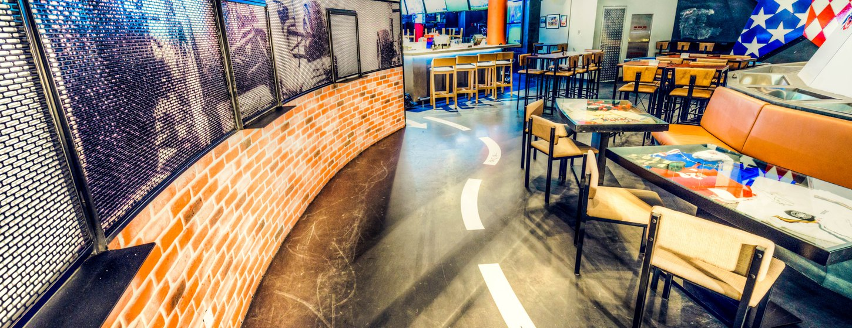 Stars 'N' Bars Abu Dhabi Image 3