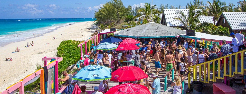 Nipper's Beach Bar & Grill Image 3