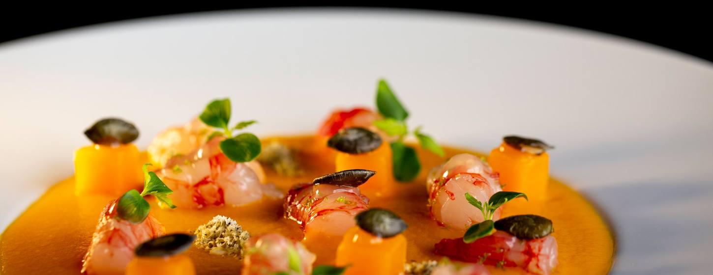 360 Restaurant Image 3