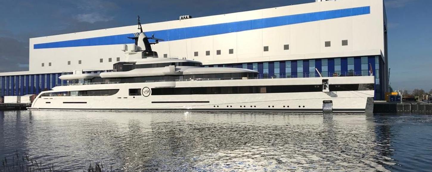 Superyacht Lady S at the Feadship yard