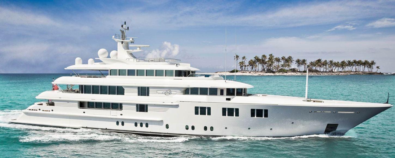 Superyacht Lady E underway in Thailand