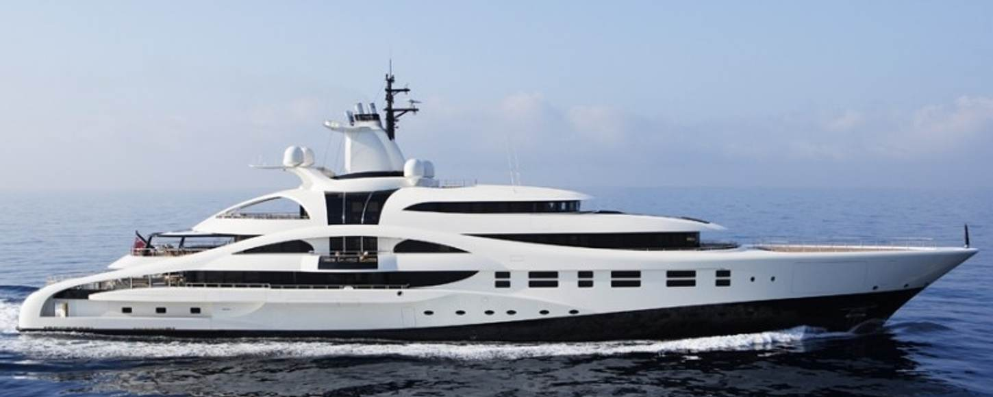 Example of a charter yacht between 3000GT and 5000GT - Charter yacht Palladium