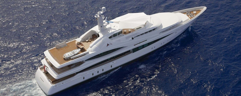 Charter Yacht 'Lady Christine' with be cruising around Tahiti this winter