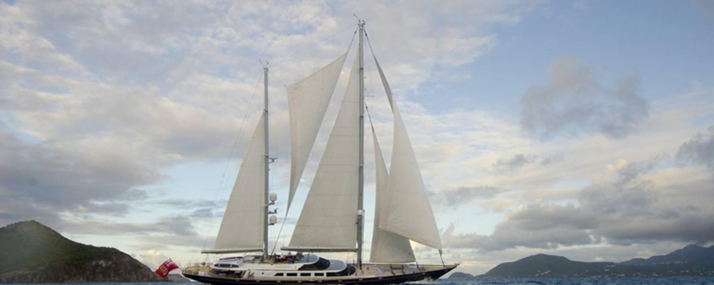 Charter yacht Andromeda la Dea sailing in Corsica