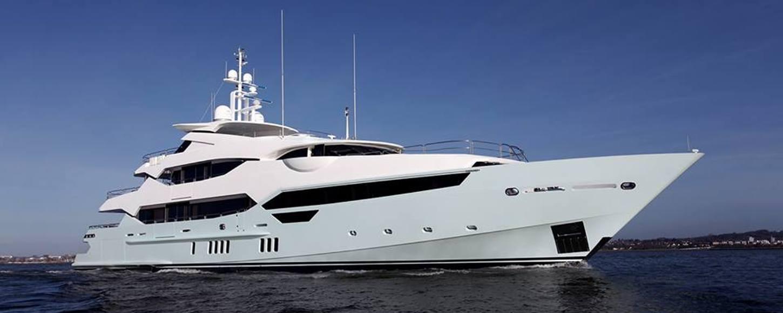 New charter yacht BLUSH