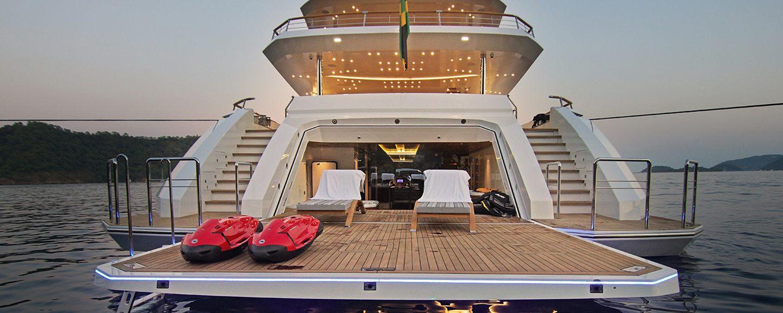baba's yacht beach club
