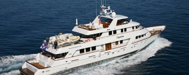 Charter yacht DAYDREAM