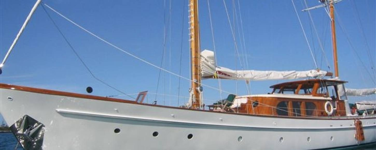 Sailing yacht 'Sea Diamond'