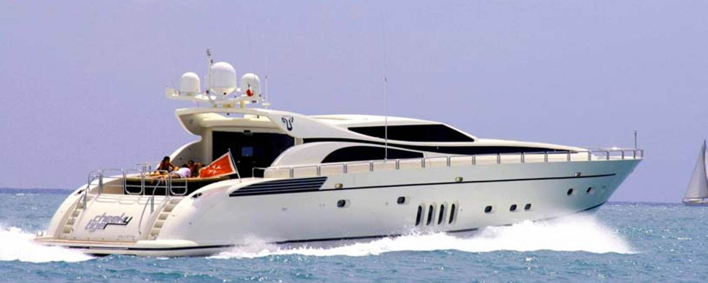Rear view of charter yacht Cheeky Tiger