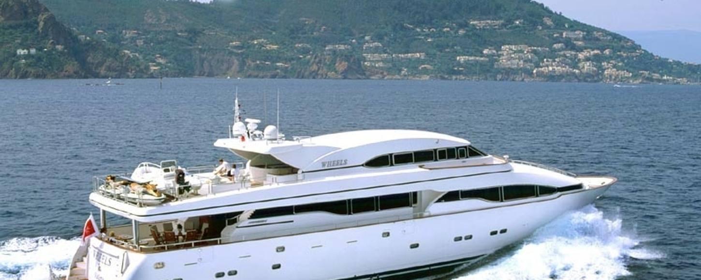 Charter Yacht Wheels cruising in Italy