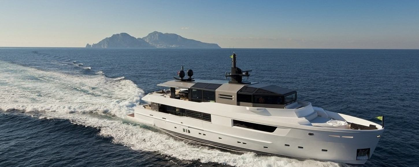 Charter yacht M' OCEAN cruising in the French Riviera