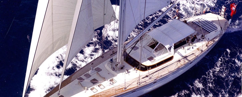 Sailing charter yacht Coconut cruising in San Francisco Bay