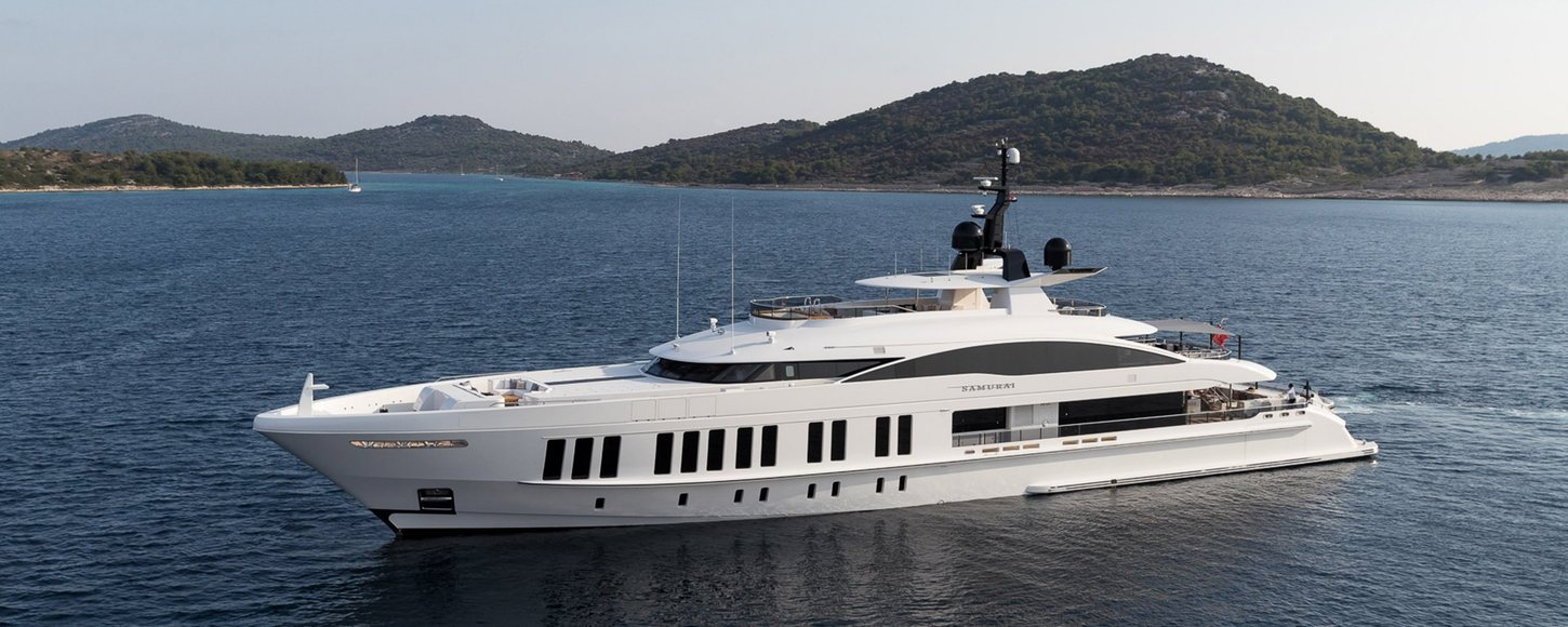 Superyacht SAMURAI at anchor