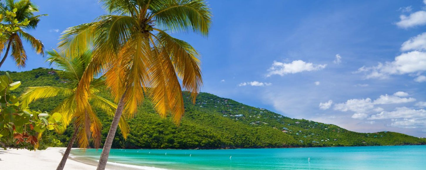 The ultimate guide to luxury yacht charter vacations in the US Virgin Islands