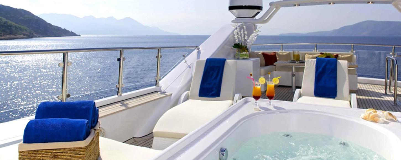 sundeck luxury yacht idylle