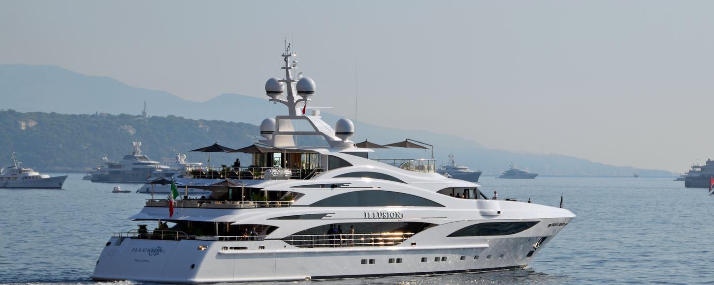 Illusion V Yacht leaving Monaco Yacht Show
