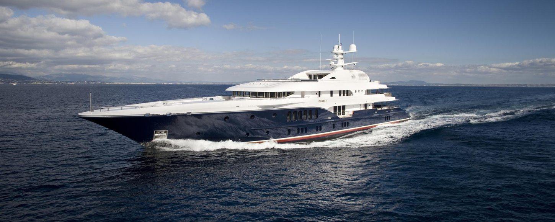 Luxury charter yacht SYCARA V