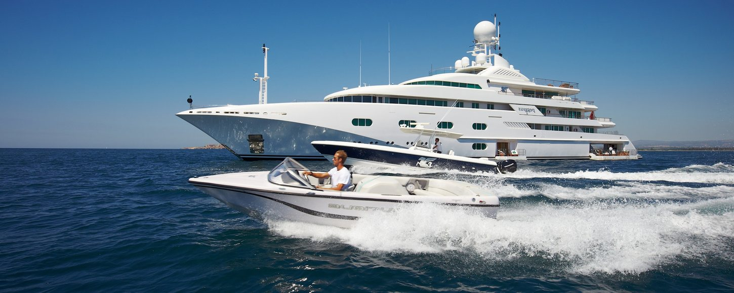 Superyacht 'Pegasus V' with tender