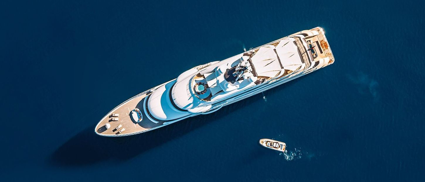 HERE COMES THE SUN yacht review