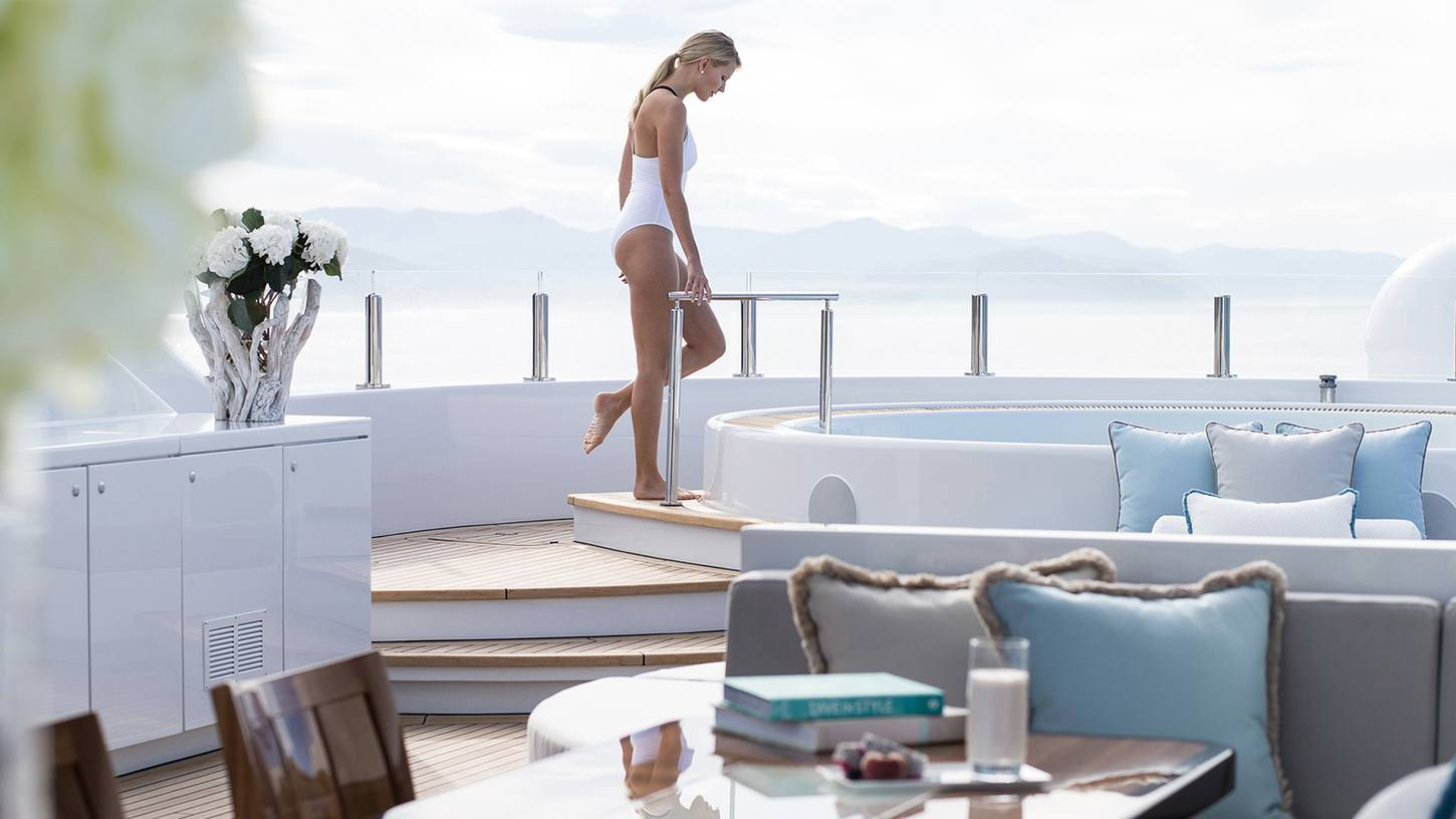 What to expect from a well-being superyacht charter