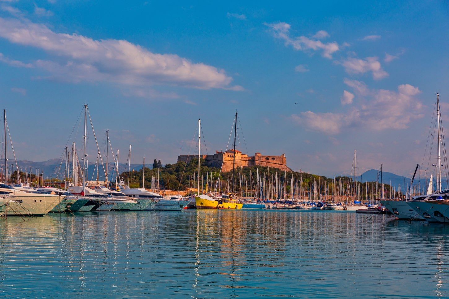 Things to see & do in Antibes