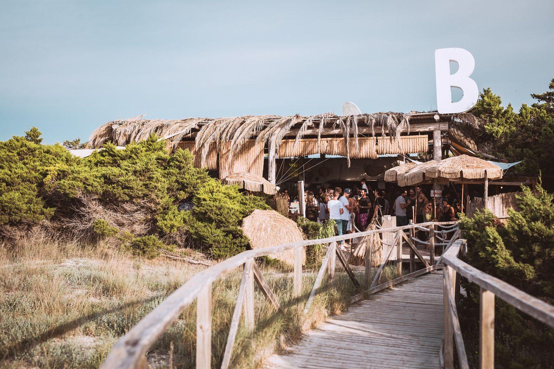 Beso Beach Image 1