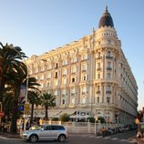 <p>Prestige hotels come as standard in Cannes, but one of the very best is the Intercontinental Carlton.</p>  <p>Famed for its impeccable menu of gourmet cuisine, there&#39;s many creative seasonal dishes to try throughout the year.</p>