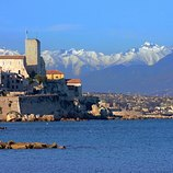 <p>Diving around Antibes introduces divers to an expansive collection of underwater terrains which show some of the best diving sights in the area.</p>
