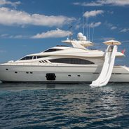 Porthos Sans Abri Charter Yacht