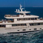 Mimi la Sardine Charter Yacht