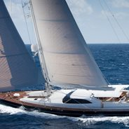 Bella Ragazza Charter Yacht