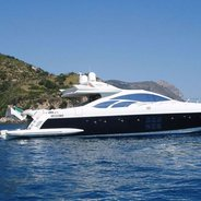 Gissy Charter Yacht