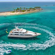 M4 Charter Yacht