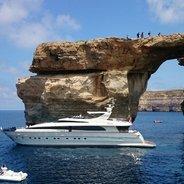 Layazula Charter Yacht