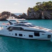 Akama Charter Yacht