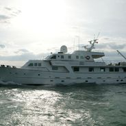 South Paw C Charter Yacht