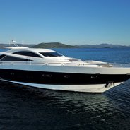 Quantum Charter Yacht