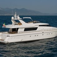 Mazuki Charter Yacht