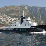 RH2 Charter Yacht