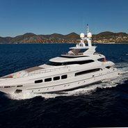 Manifiq Charter Yacht