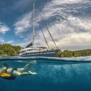 San LiMi Charter Yacht