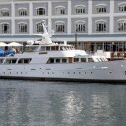 Jackie O Charter Yacht