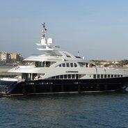 San Bernardo Charter Yacht