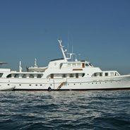 Secret Life Charter Yacht