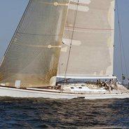 Muzuni Charter Yacht