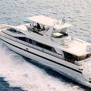 Runaway Charter Yacht