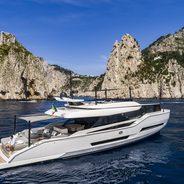 Moanna I Charter Yacht