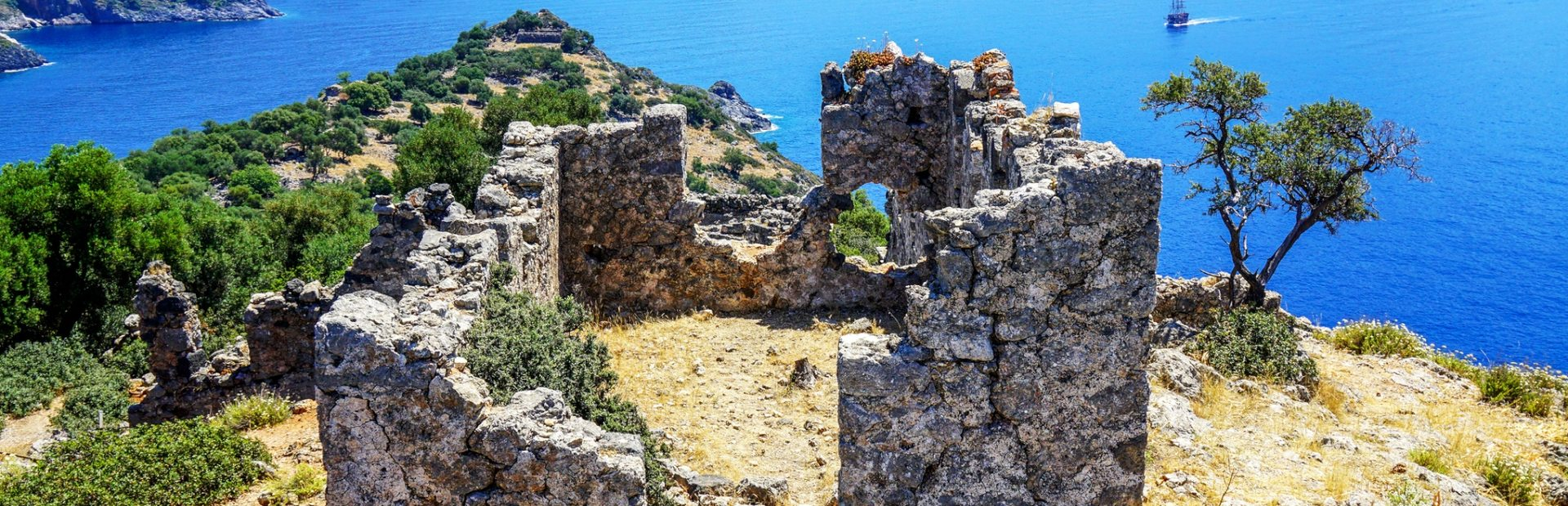 5 secret islands to discover on a Turkey yacht charter